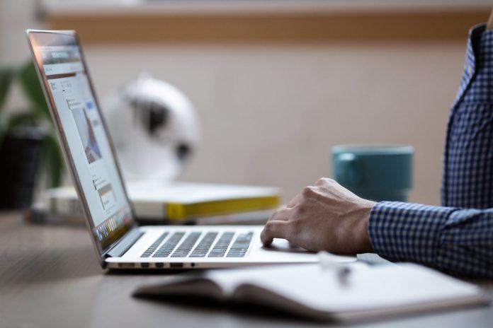 E-Ticaret'e Yapmaya Karar Verenler Nelere Dikkat Etmeli?
